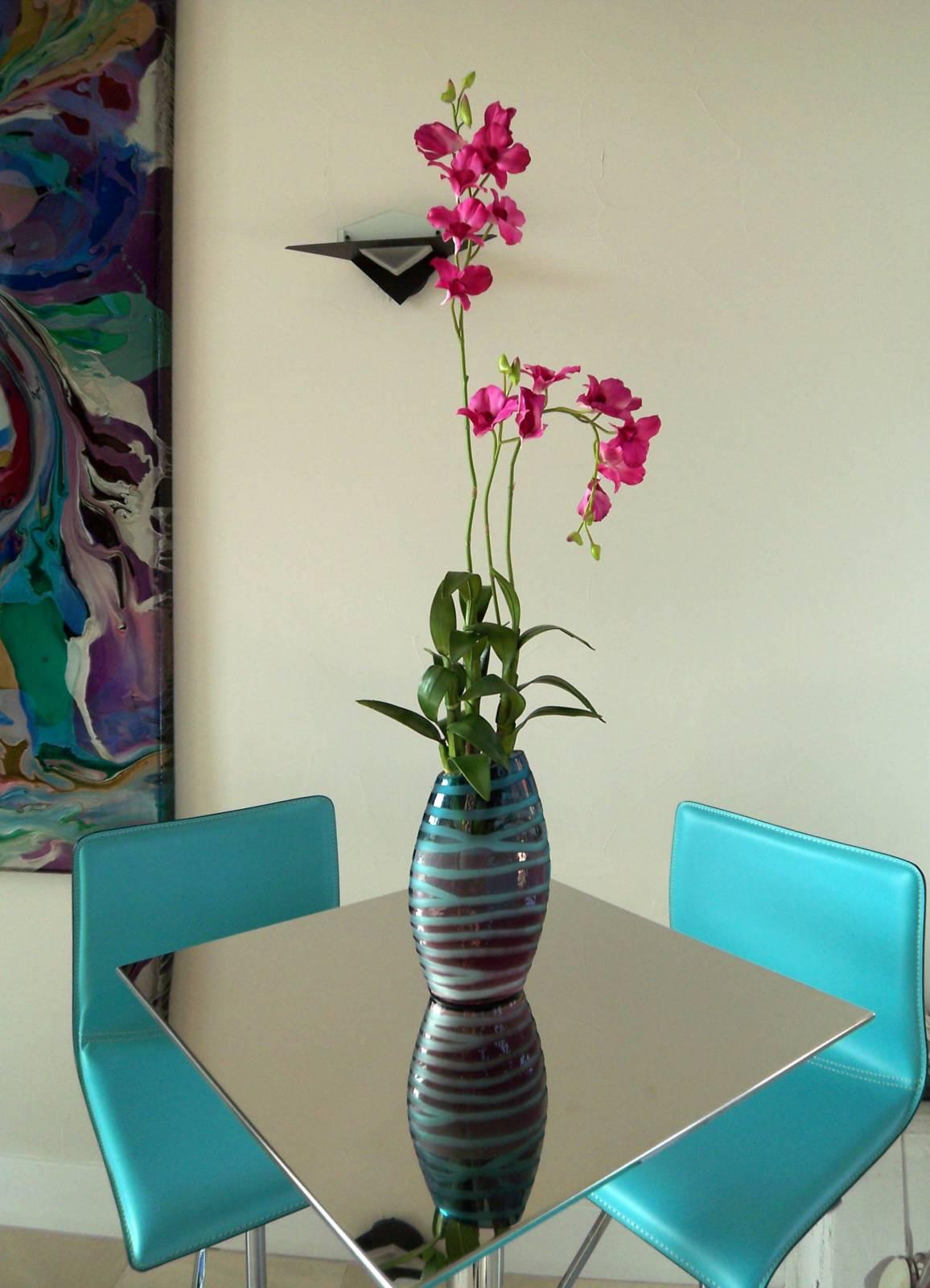 Ваза с цветами фото интерьер квартиры